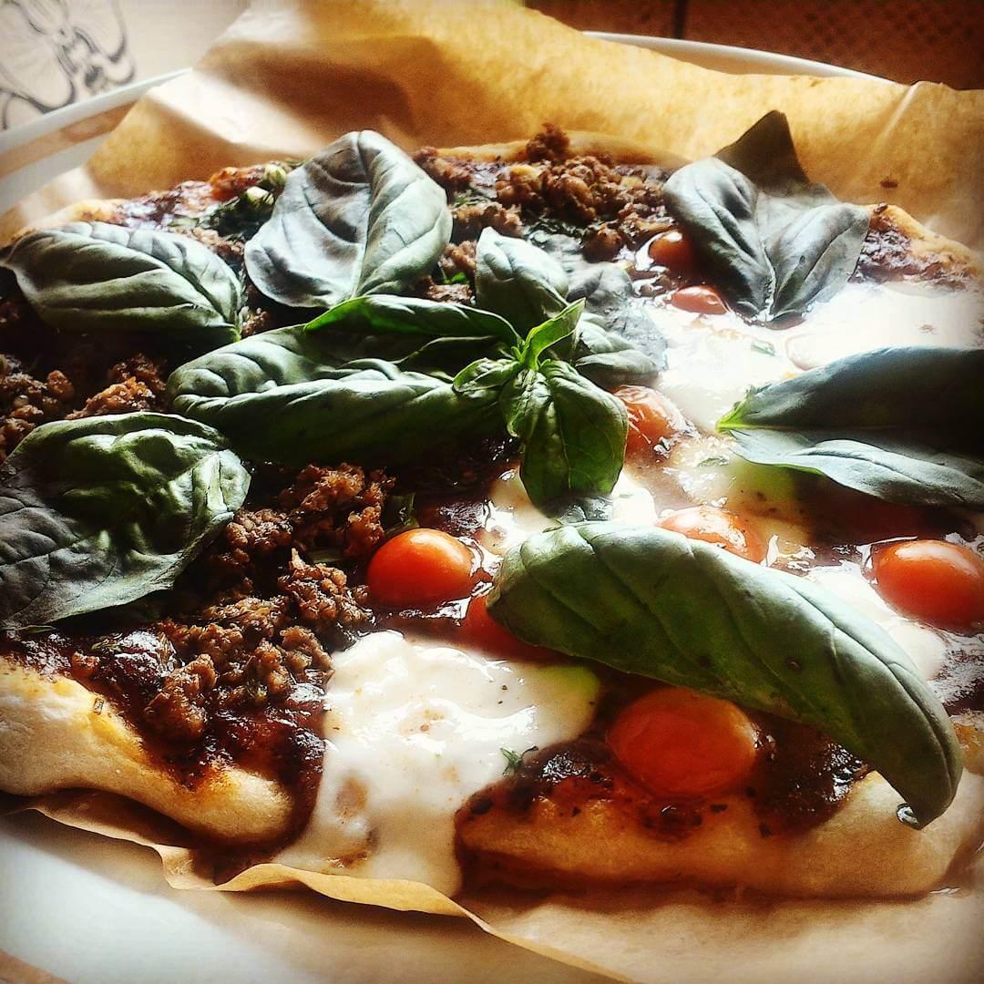 Время обеда и пиццы-пиццы-пиццы от #lililoveme_school. Как важно любить то, что ты делаешь