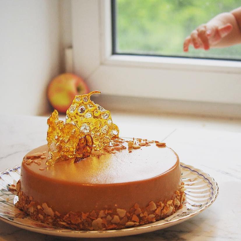 """Его величество """"Климт"""" #klimt_cake ученицы #lililoveme_school Наты @protsenko_nat"""